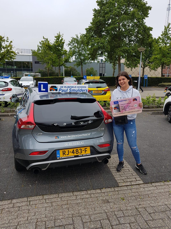Nina van der Linden